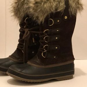 Sorel Joan of Arctic Cattail brown boots size 6.5